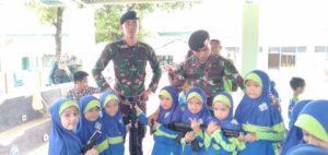 Kunjungi Ke Kavaleri, murid antusias Mengenal Tentara lebih Dekat
