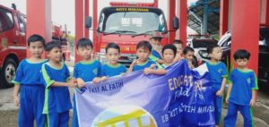 MABES DAMKAR Kota Makassar Pantang pulang sebelum padam